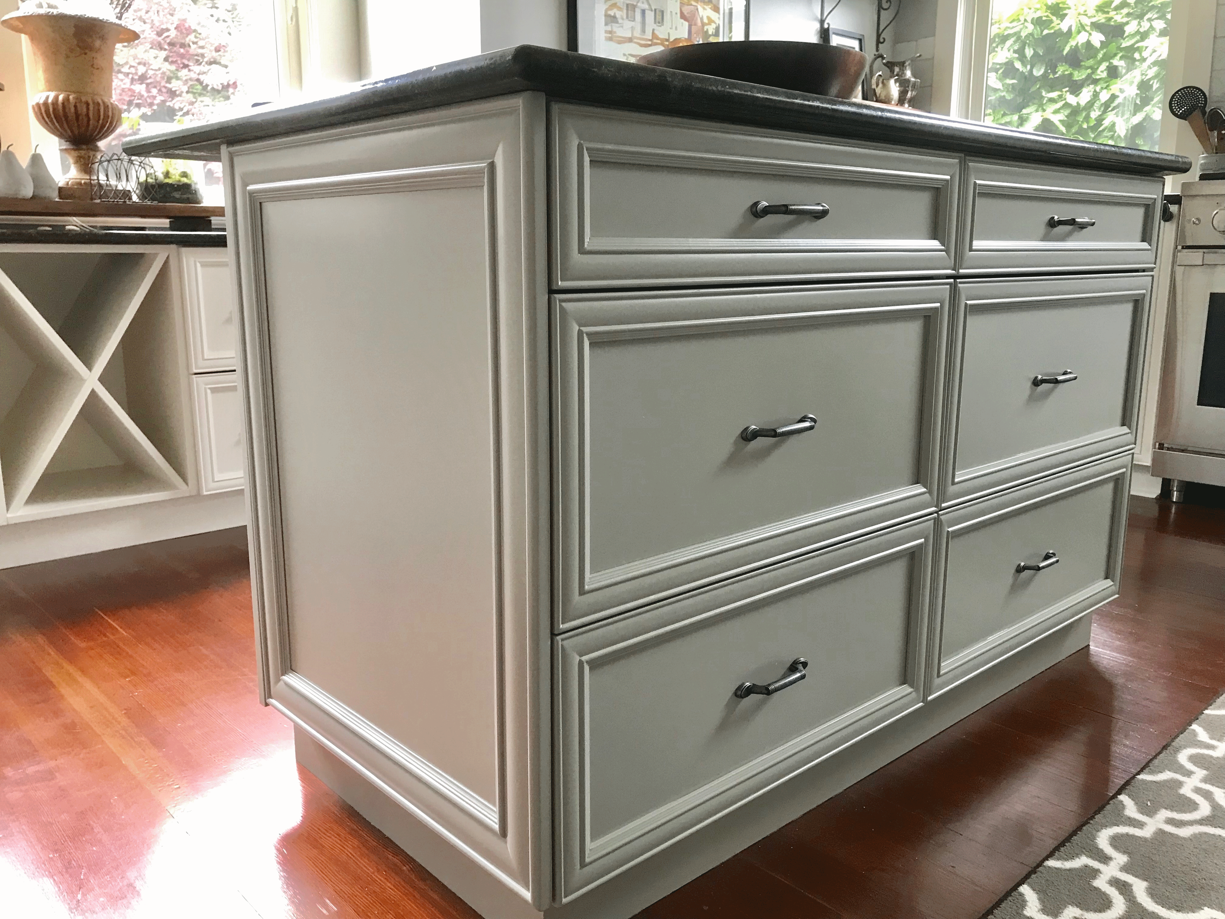 Kitchen Cabinet Painting, Victoria Nanaimo